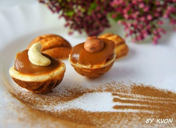 Орешки с вареной сгущенкой рецепт с фото